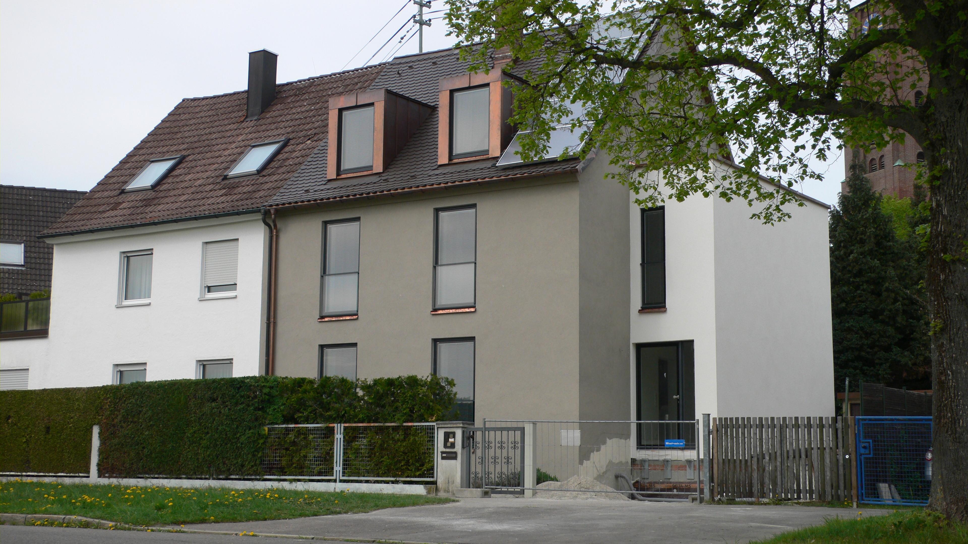 Doppelhaushälfte Sanieren nachhaltigkeit: wohlig warme vorstadt. umbau und kernsanierung einer